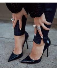 Μαύρες γόβες